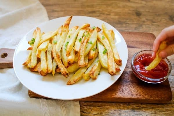 Air Fryer French Fries with Dipping Sauce