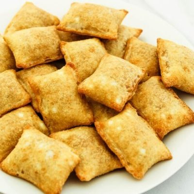 Air Fryer Frozen Pizza Rolls