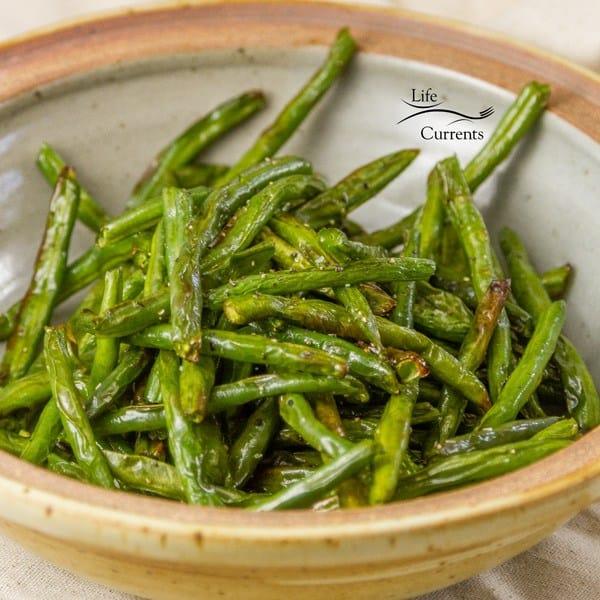 Air Fryer Roasted Green Beans