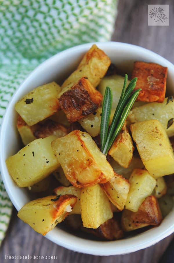 Air Fryer Roasted Potatoes with Rosemary