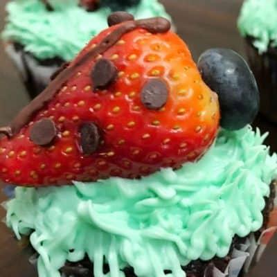 Easy Strawberry Ladybug Cupcakes