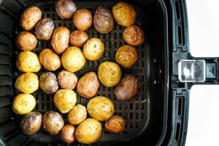 Cooked Baby Potatoes in Air Fryer