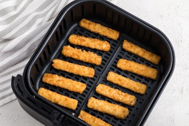 Frozen Fish Sticks in air fryer