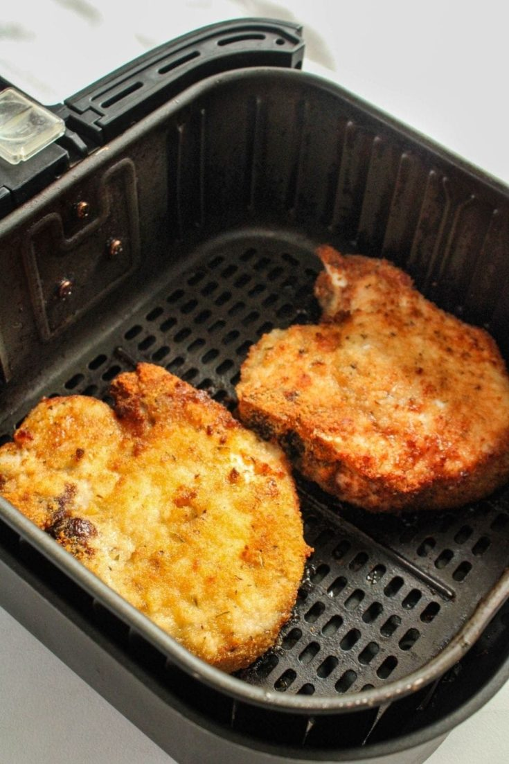 Cooked Bone-in pork chops in air fryer