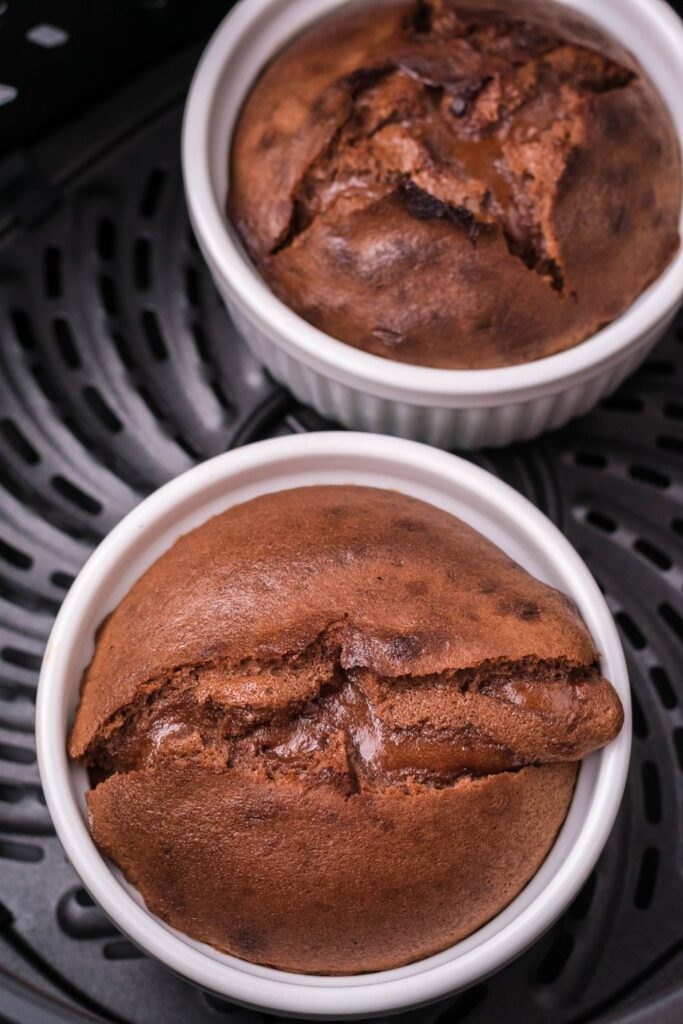 Cooked Molten Lava Cakes in air fryer