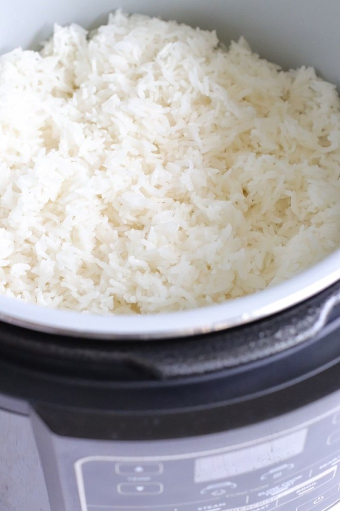 Fluffy cooked rice in the Ninja Foodi pressure cooker