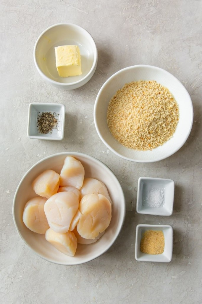 Ingredients needed to make breaded air fryer scallops in bowls