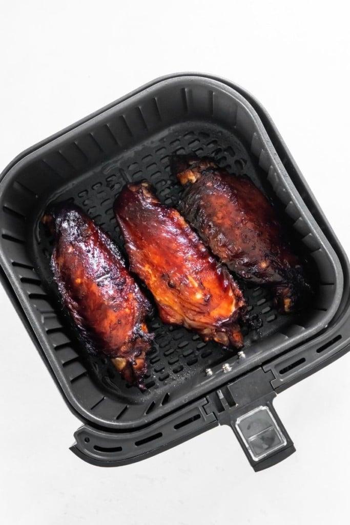 Cooked turkey wings in air fryer