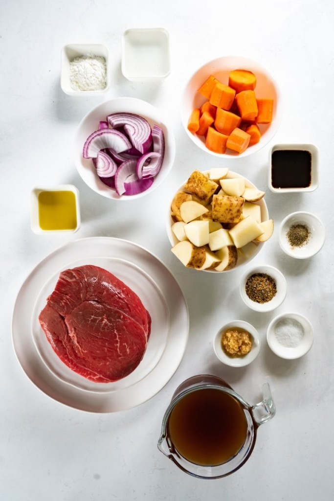 Ingredients needed to make beef sirloin tip roast in the Instant Pot